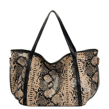 Women Fashion Serpentine Handbags New Vintage Large Capacity Shoulder Bag Female Brand Leopard Genuine Leather Casual Tote Bag