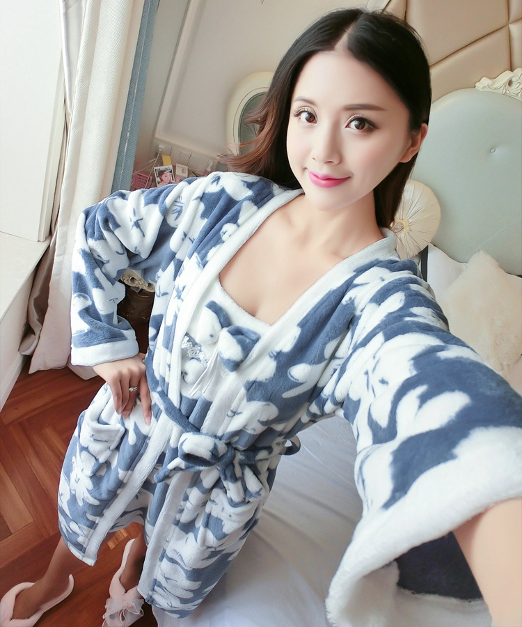 2PCS Sexy Thick Warm Flannel Robes Sets for Women 2018 Winter Coral Velvet Lingerie Night Dress Bathrobe Two Piece Set Nightgown 296