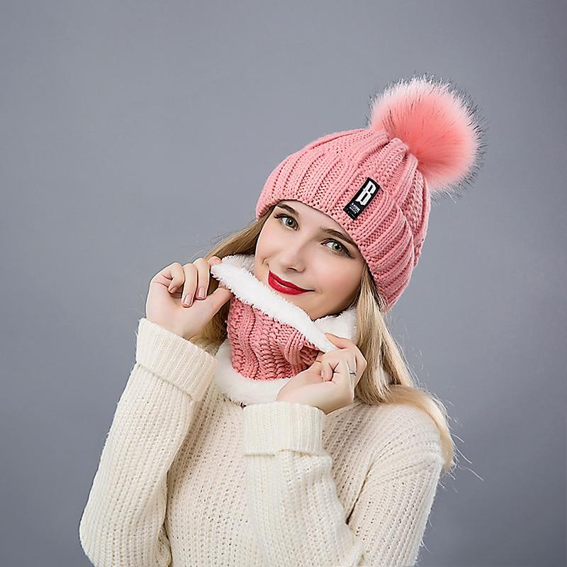 Ensemble Fashion bonnet & collier en laine