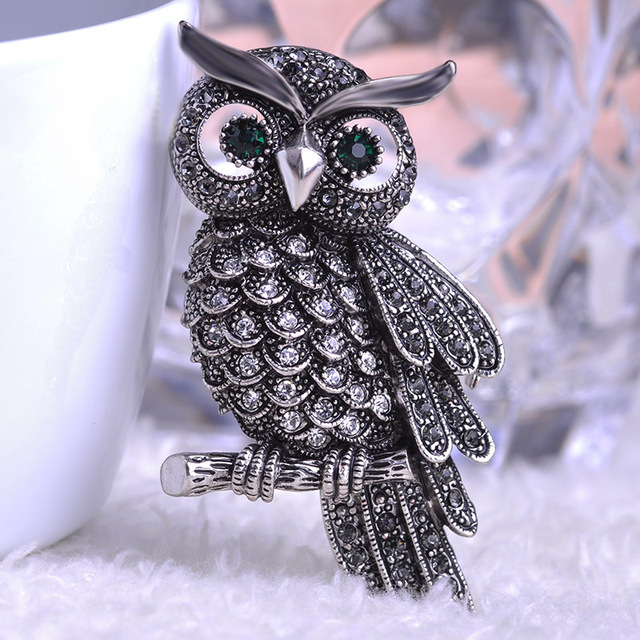 Silver Vintage Owl Brooch With Grey & Black Rhinestones