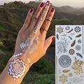 Gargantilla de oro Flash Del Tatuaje Del Brazo de La Manga Del Tatuaje Temporal Body Art Stickers 21*10.3 cm Impermeable Tatto Henna Tatoo Fake belleza Autofoto