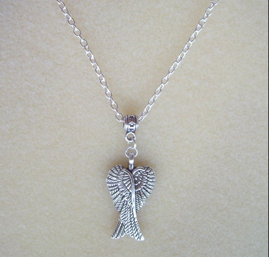 Drop shipping Pretty Guardian Angel Wings Pendant S/P Chain Necklace Protection