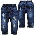 3945 pantalones vaqueros del agujero pantalones vaqueros del bebé niños niñas pantalones pantalones casuales otoño del resorte niños pantalones azul marino ropa de bebé de moda