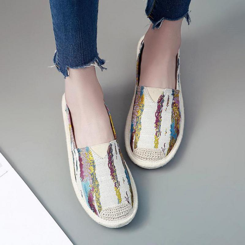 все цены на Casual Loafers Slip On Flats Fisherman Shoes Woman Casual Summer Autumn Canvas Espadrilles Ladies Lightweight Shoes Breathable онлайн