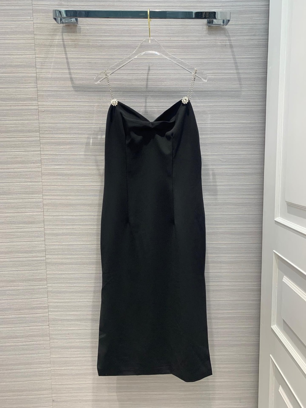 2019 spring and summer ladies fashion black and white stitching sleeveless women s dress 0329