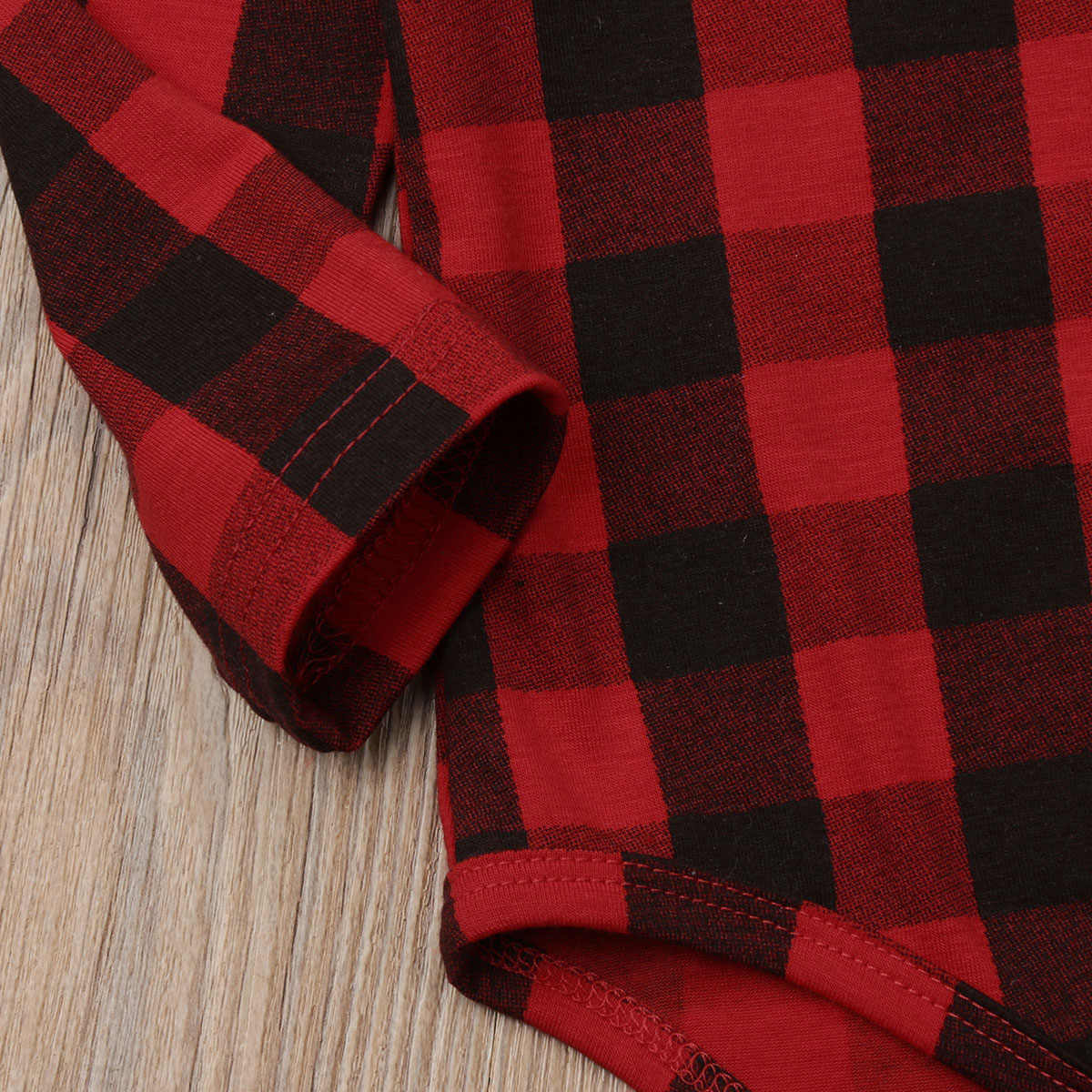 2018 Brand New Infant Kids Baby Girls Boys Xmas Checked Bodysuits Ruffles Long Sleeve Plaid Red Cotton Autumn Causal Jumpsuits