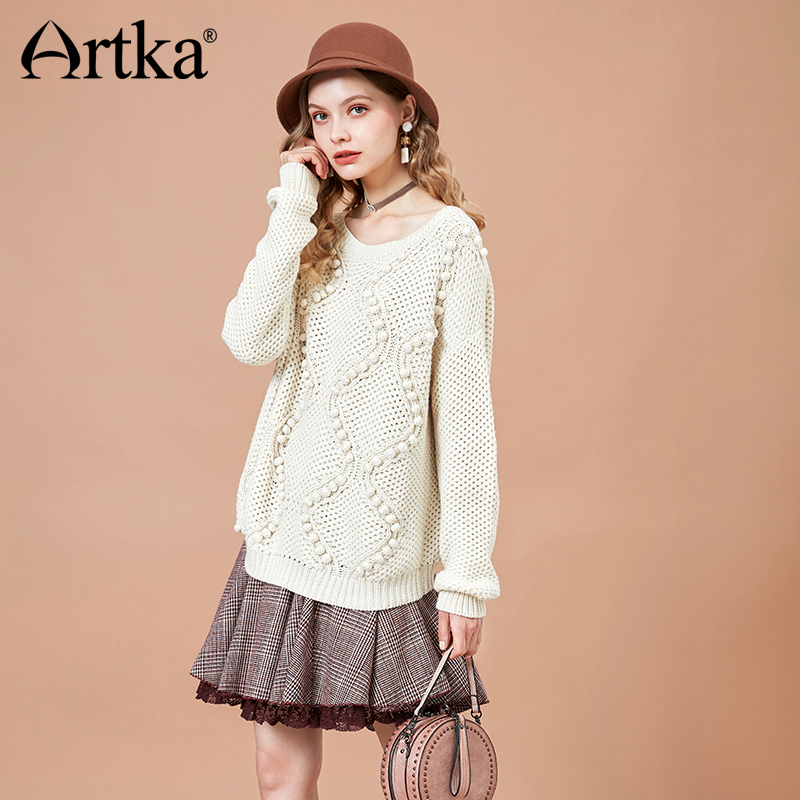 ARTKA 2018 Autumn New Vintage Women Loose Knitted Sweater Solid Batwing Sleeve Sweater YB15085Q