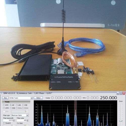 DIY KITs 100KHz-1.7GHz UV HF RTL SDR USB Tuner Receiver R820T RTL2832U + R820T CW FM VHF UHF AM, (NFM, WFM), DSB, LSB
