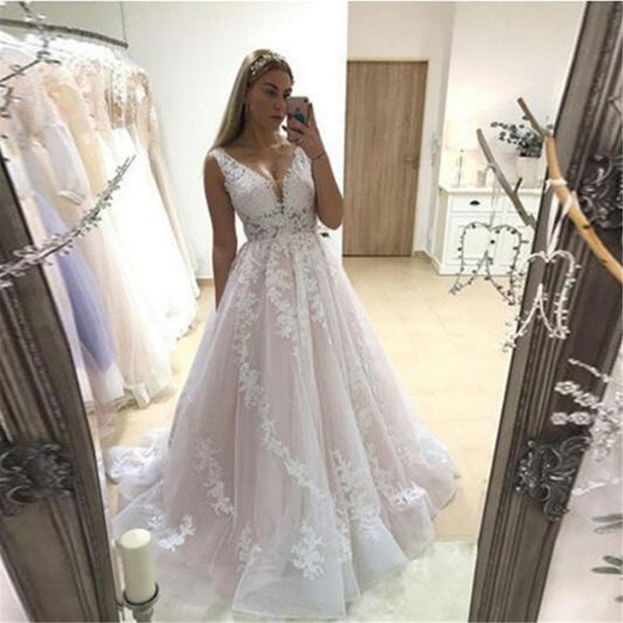 Pink Wedding Dress 2020 V Neck Bridal Gowns Backless Sleeveless Full Appliques Lace Bride Dresses Country Vestidos De Noiva