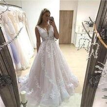 Różowa suknia ślubna 2021 V Neck suknie ślubne Backless bez rękawów pełne aplikacje koronkowe suknie panny młodej kraj vestidos de noiva