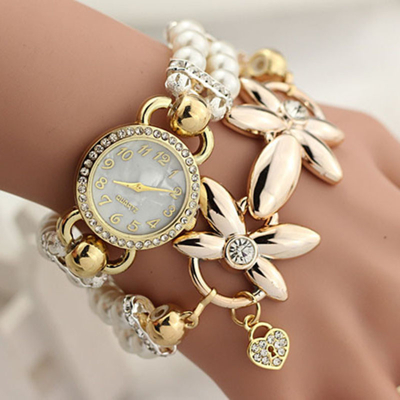 2017 New Hot Sell Pearl Bracelet Watch Women Fashion Style Korean Version of the Creative Pearl Diamond Winding Quartz-watch 2016 new watch creative fashion lady love rose gold bracelet watch korea version of the trend of personalized watches
