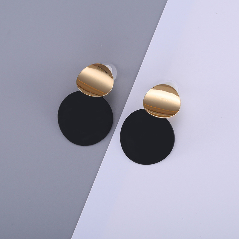HTB1yRWXczgy uJjSZKbq6xXkXXap - Unique Black Stud Earrings Trendy Gold Color Round Metal Statement Earrings for Women New Arrival wing yuk tak Fashion Jewelry