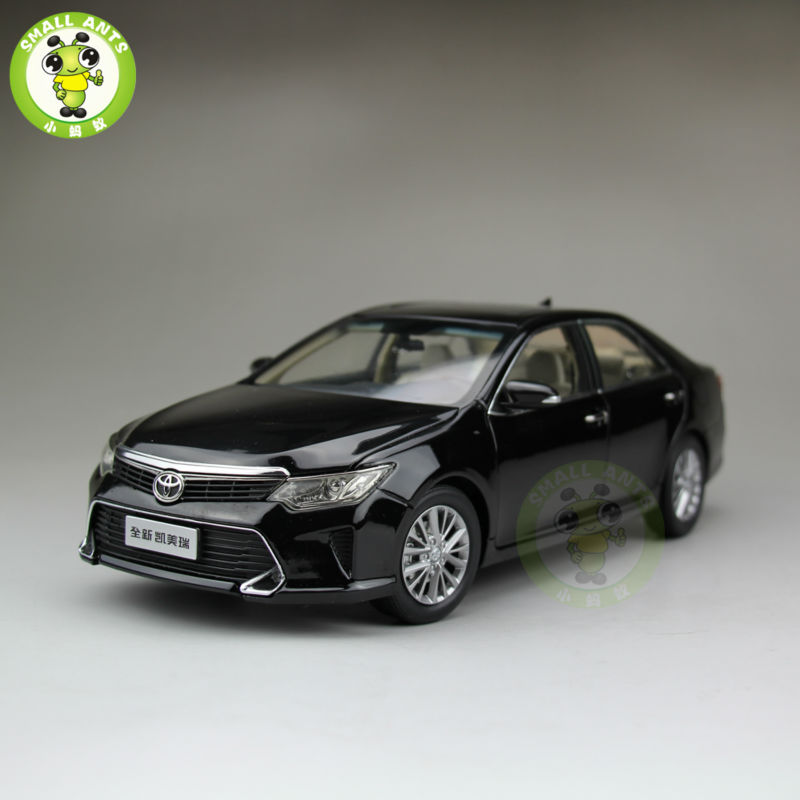1 18 toyota new camry 2015 diecast car model black in. Black Bedroom Furniture Sets. Home Design Ideas