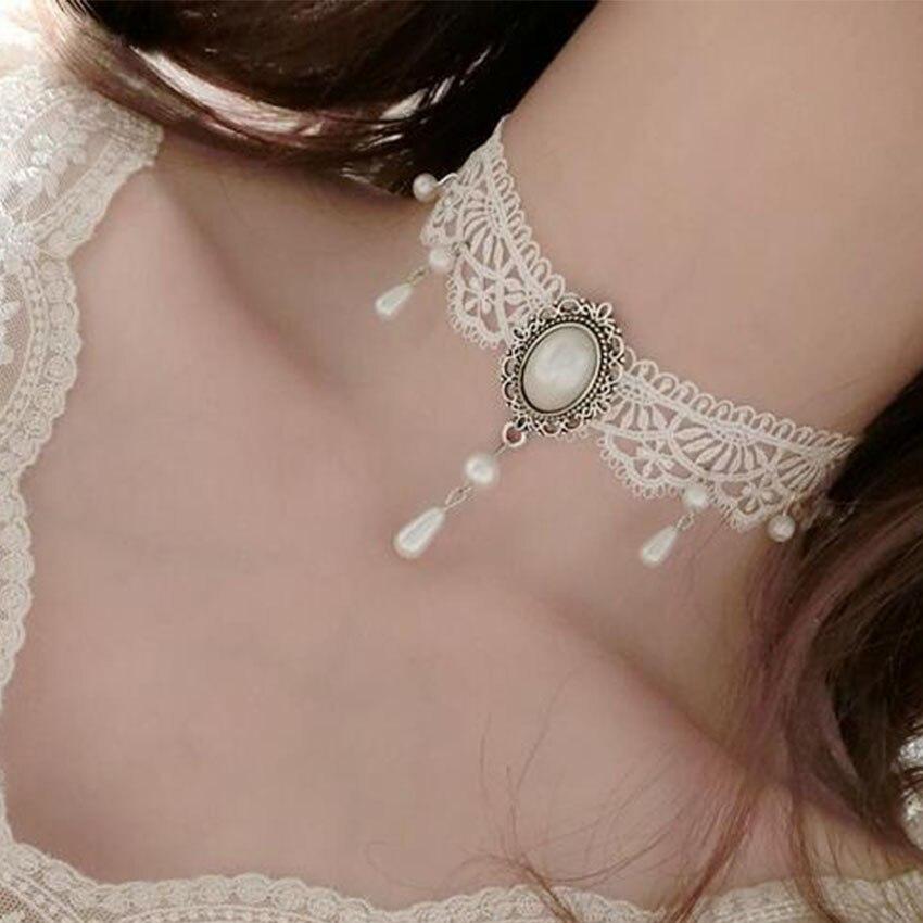 Купить на aliexpress Белый черный кружевной чокер ожерелье женский чокер с татуировкой винтажный колье Femme эффектные Подвесные Ожерелья для шеи Mujer