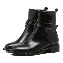 2018 winter retro chelsea boots woman pointed toepu leather low heel shoes rivet deco women fashion ankle boots belt buckle punk woman pointed toe low heel ankle boots black metal belt buckle hollow ankle boots real photos hollow knight woman boots