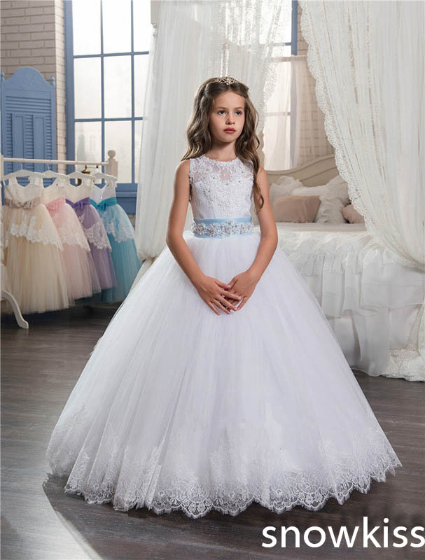 2018 white first communion dresses with lace appliques beaded open back tulle ball gown flower girl dress with bow