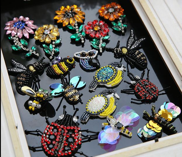 3D Handmade Rhinestone beaded Patches for clothing Animal Bee Patch sew on sequin embroidery fower Applique cute small parches