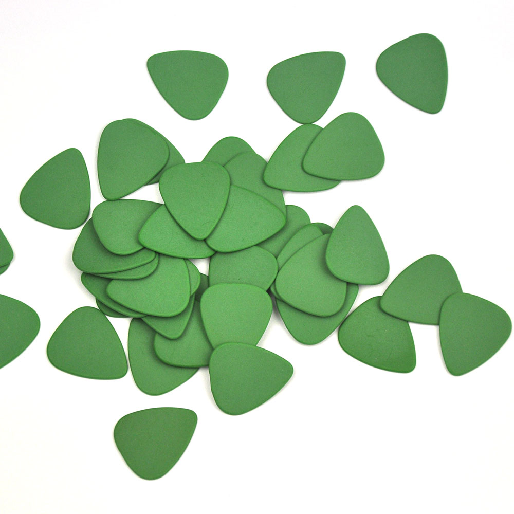 Купить с кэшбэком Lots of 100pcs Green Ultra Heavy 1.5mm Gauge Delrin Guitar Bass Picks Plectrums