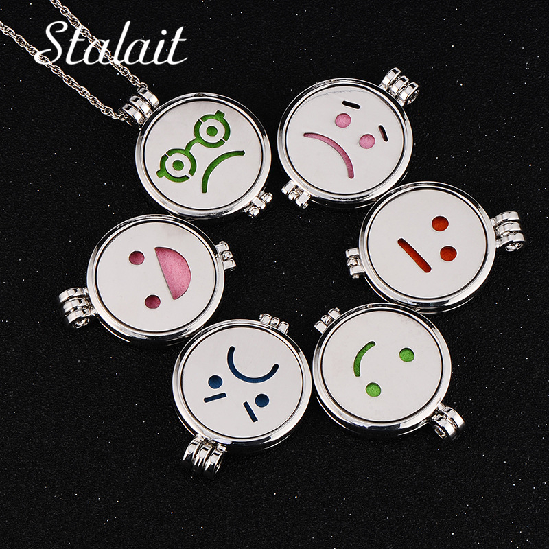 Aromatherapy Necklaces Essential Oil Diffuser Stainless Steel Face Expression Necklace Pendant Glow In the Dark Jewelry