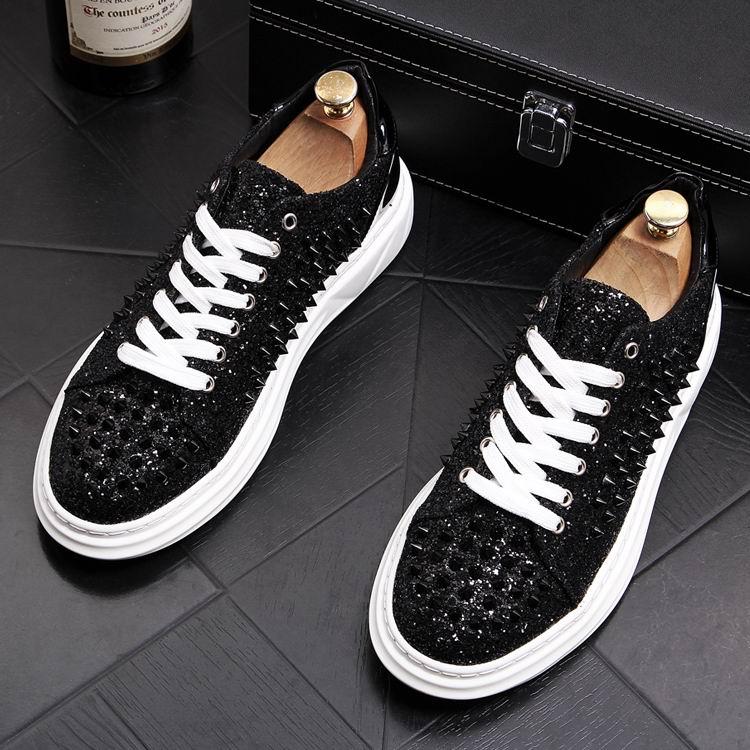 Errfc 개인화 된 고급 남성 캐주얼 컴포트 신발 fahsion 라운드 발가락 디자이너 리벳 매력 녹색 동향 레저 신발 남자 43-에서남성용 캐주얼 신발부터 신발 의  그룹 3