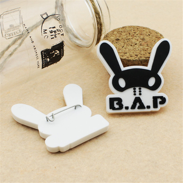 Wholesale KPOP Fan B.A.P Best Absolute Perfect BAP Team Logo Plastic Badge Brooches For Clothes P0354