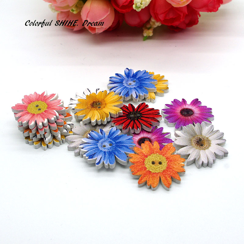 50PCs HOT Wooden Buttons Mixed Color Flower 2-hole Sewing Scrapbooking Crafts A5