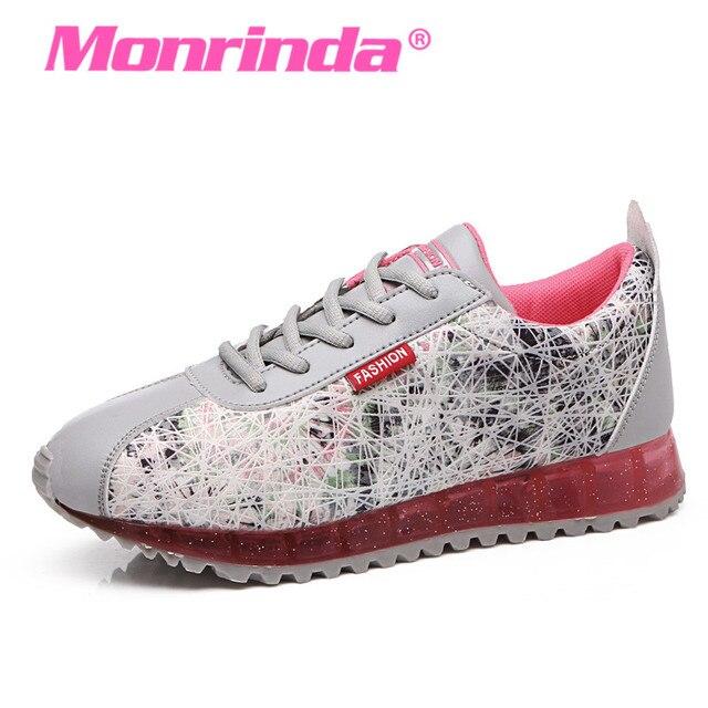 Zapatillas de deporte con lunares en blanco y rosa 580 de