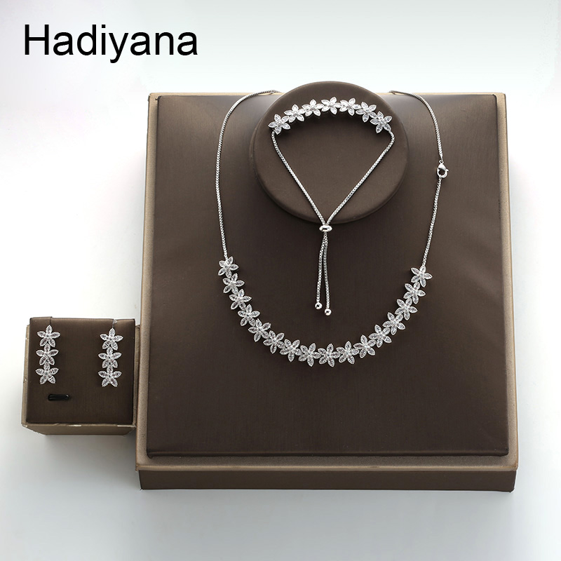 Hadiyana Fashion Flower Necklace & Bracelet & Earrings Adjustable Set New Charming Cubic Zirconia Jewelry Accessories Set TZ8077