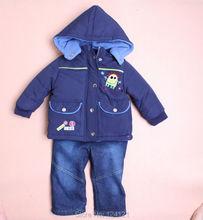Розничная 6-24 М новый зимний мальчиков костюм комплект детской одежды наборы 3 шт. детские молнии парки + топ + Джинсы детские одежда