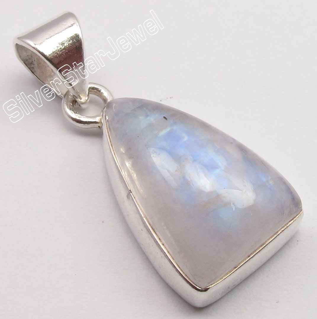 Muiltiple Choices Chanti International Silver Natural LABRADORITE INEXPENSIVE Pendant 2.7 CM 3.1 Grams NEW