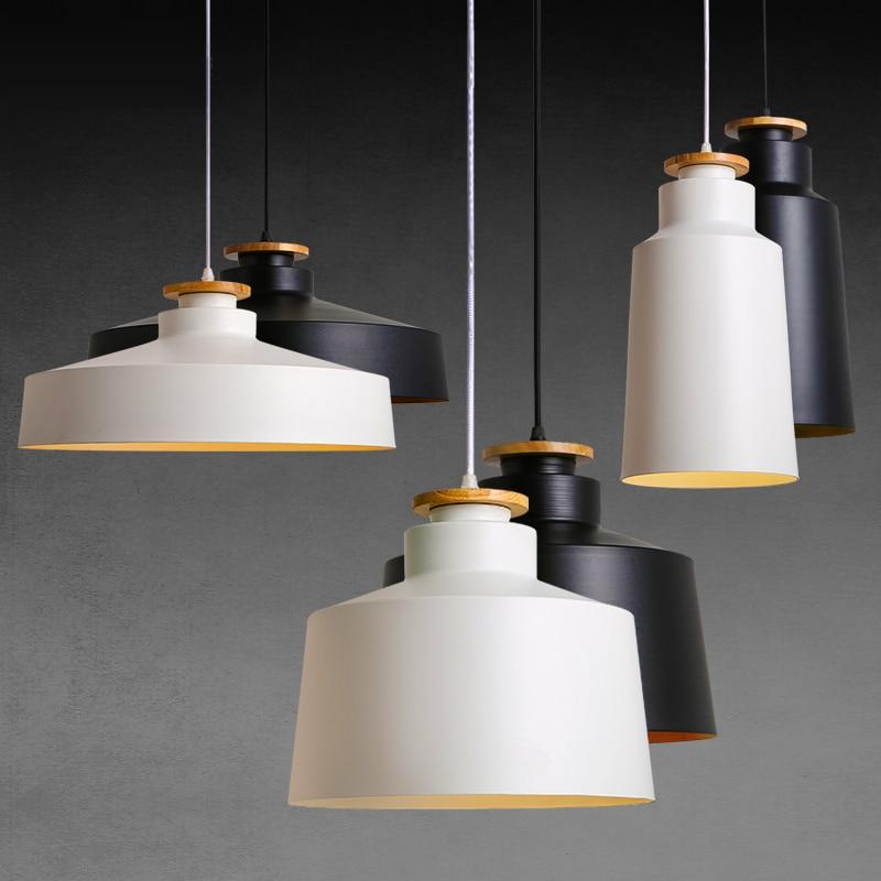 Creative Wood E27 Pendant Luminile 110V 220v pentru decorul de personalitate Lampă de lemn și metal Lampă suspendată alb negru Luminaire