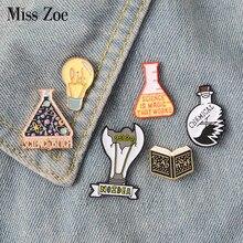 Broche de esmalte da ciência mágica, luz não adesiva, broche de lapela, jeans, bolsa, joias de desenhos animados presente