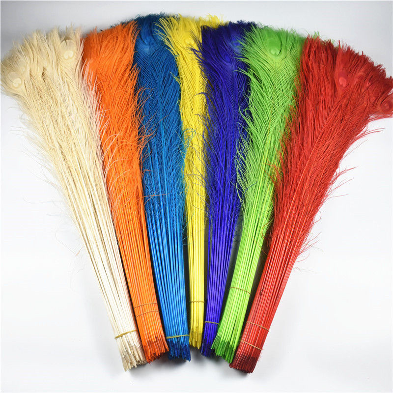 Wholesale 200Pcs Lot Natural Real White Peacock Feathers 70 80CM 28 32 quot Long Feather for Crafts Wedding Decoration Plume plumas in Feather from Home amp Garden
