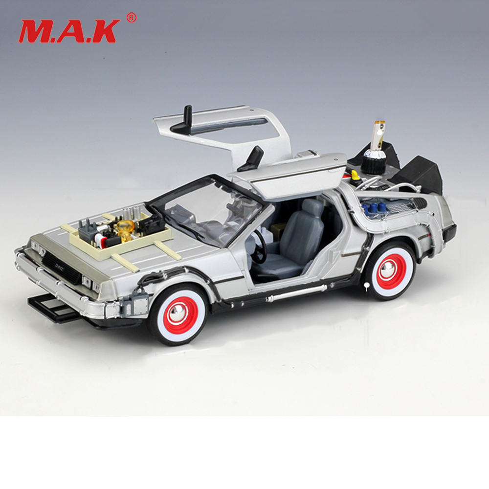 Kids toys WELLY 1:24 Diecast Scale Model Car Movie Back To The Future Metal Toy Car Alloy Classic Car Vehicle Gift Cars with box new year gift 1957 corvette 1 18 big metal classic car vehicle scale model collection alloy luxury delicate present toys diecast