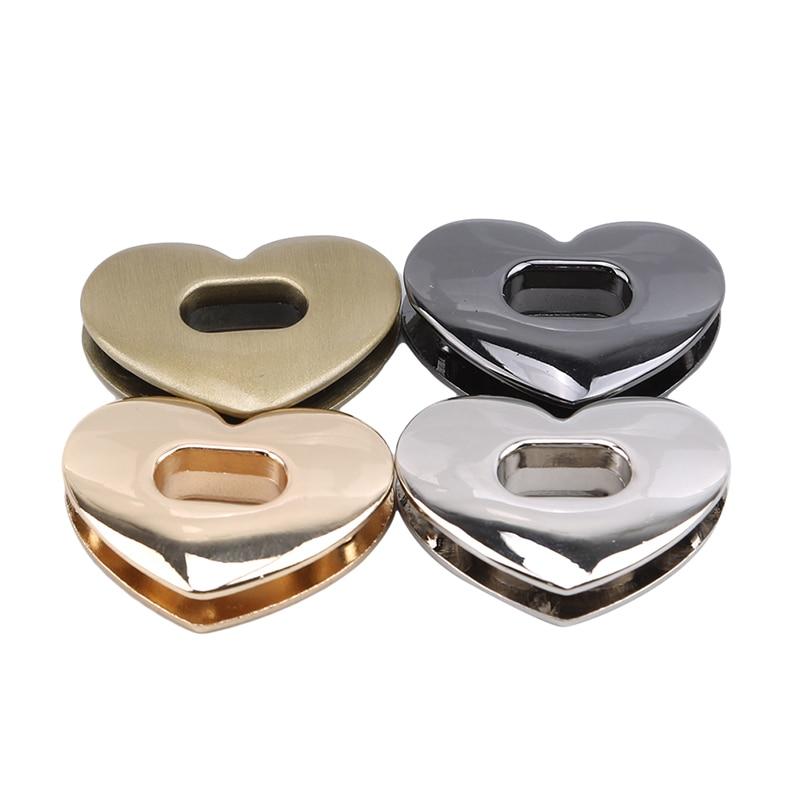New Metal Heart Shaped Clasp Buckles Bag Purse Metal Twist Locks Turn Locks Switch Lock Buckles DIY Luggage Hardware Accessories