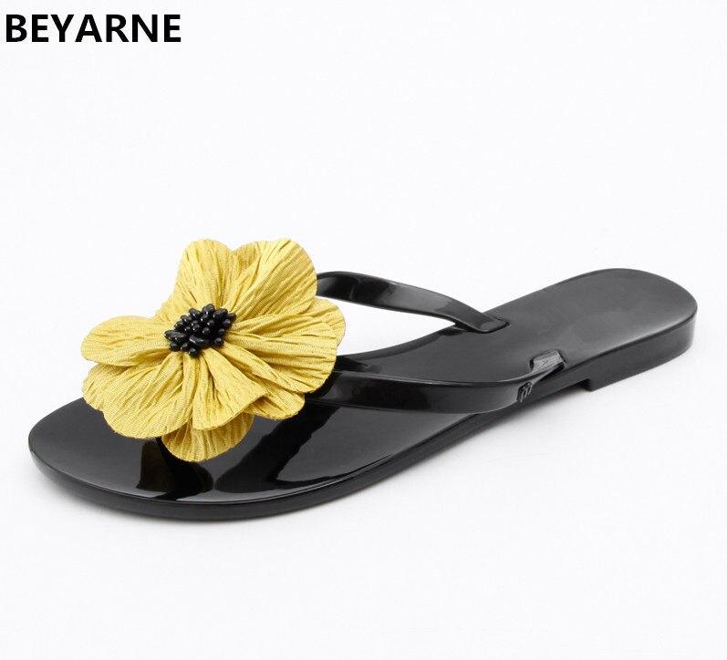 edc97723951 BEYARNE woman jelly shoes lady students summer flats sandals women summer  beach flip flops slides woman