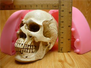 Image 2 - 3D Skull Silicone Mold Fondant Cake Mold Resin Gypsum Chocolate Candle Candy Mold Free Shipping