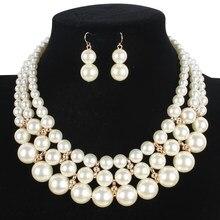 fcc76e8ca889 Joyería Europea mujeres moda collar pendientes Simple simulado perla  colgante cuentas africanas oro Color boda establece 2017