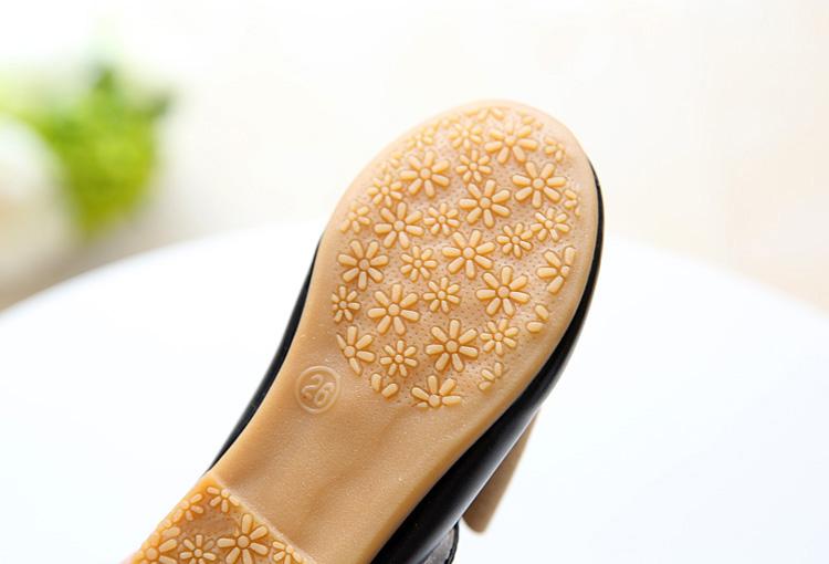 Girls shoes  12