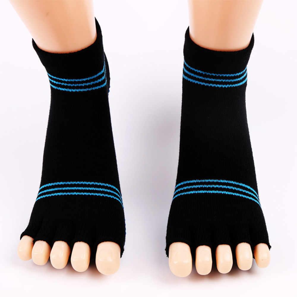 2018 mode damen sexy 1 Paar Oberschenkel Hohe Socken Über Knie Regenbogen Streifen Mädchen Fußball Socken Grau