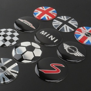 Image 2 - 4 pçs/set 52mm logotipo do carro emblema roda centro aro hub tampas capa adesivos para bmw mini cooper r56 r50 r53 f56 f55 r60 countryman
