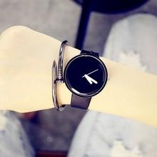 Лидер продаж простые Стиль часы известного бренда Дизайн Для мужчин Для женщин кварцевые часы классический кожаный ремешок влюбленных Наручные часы черный, белый цвет