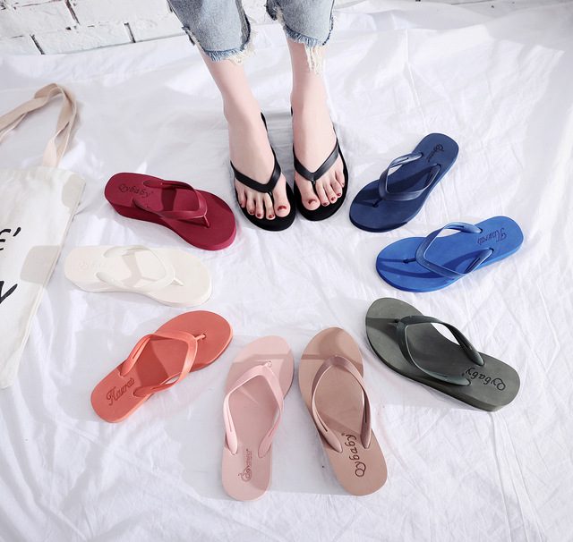 30253026P slippers  wear-reshotisg slippers can be worn outside the household