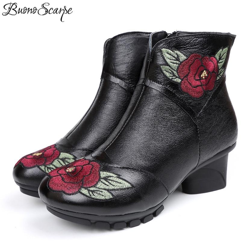 Buono Scarpe Etnische Vrouwen Hakken Casual Laarzen Borduurwerk Rode Roos Bloemen Schoenen Echt Leer Charmant Enkellaarsjes Voor Lady2019-in Enkellaars van Schoenen op  Groep 1