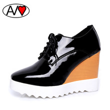 Platform Shoes Breathable Lace up Wedge Heel Shoe 2016 Women Pumps with Heels Patent Leather Shoes Woman High Heel