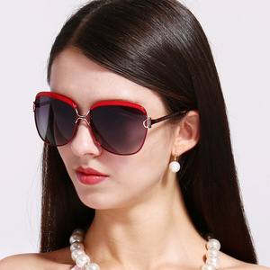 Image 2 - オリジナルスタースタイル HD 偏光女性の高級サングラス女性ブランドデザイナークール最新の女性 HD UV400 サングラス gafas