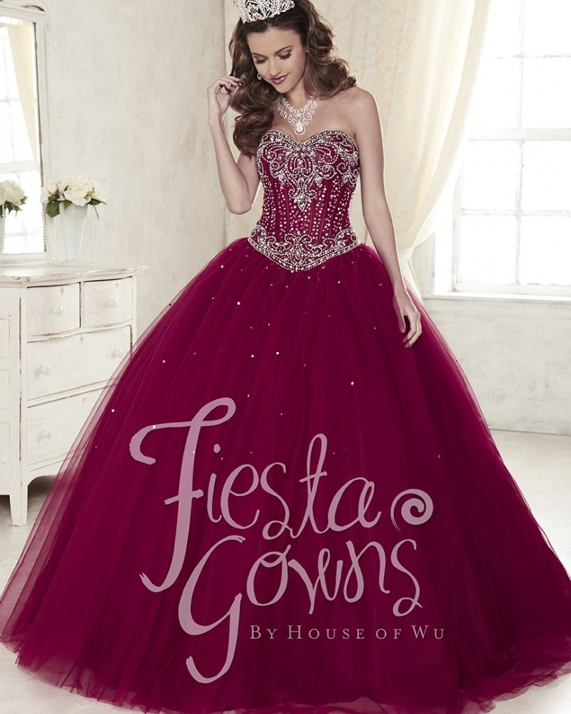 2ae931bce21 Gorgeous Maroon Quinceanera Dresses 2017 Tulle Quinceanera Ball Gowns  Basque Lace Up Crystal Corset Floor Long Sweet 16 Dress-in Quinceanera  Dresses from ...