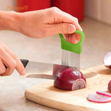 Saingace Easy Cut Onion Vegetable Tomato Slicer Cutter Stainless Steel Holder Slicing Cutter 1PC