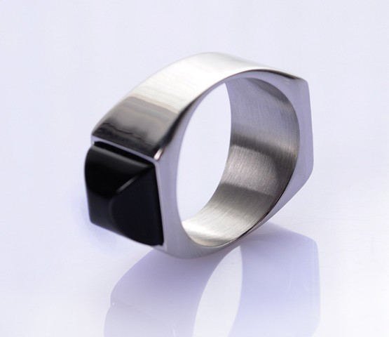 Hot sale super magnetic ring king of ring magic ring black 19mm