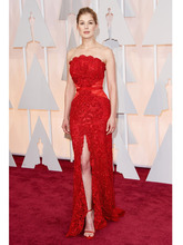 2015 Oscar Red Lace Celebrity Dresses Rosamund Pike Sexy High Slit Red Carpet Gowns Strapless New Vestidos de la celebridad